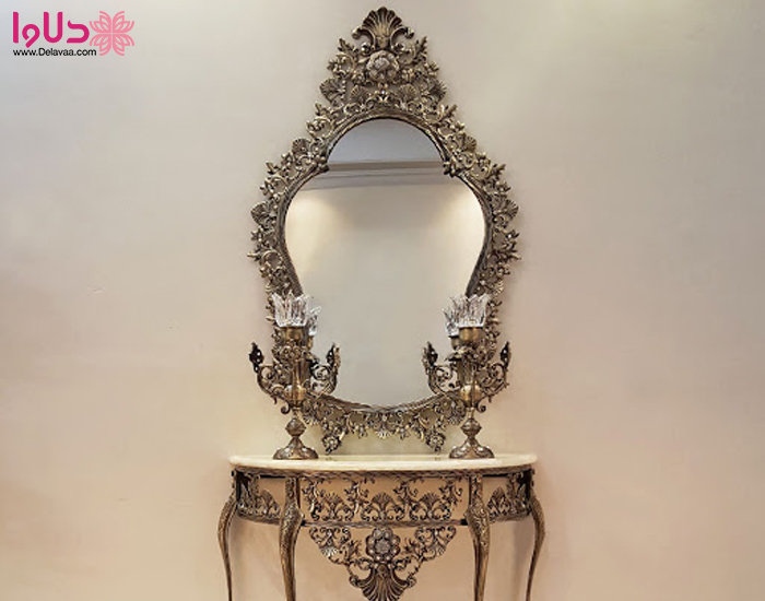 آینه و شمعدان برنز
